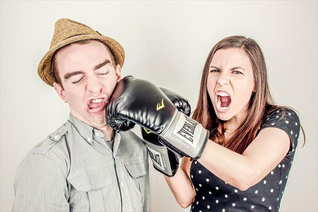 夫婦喧嘩が多い家庭。共通点と子供への影響