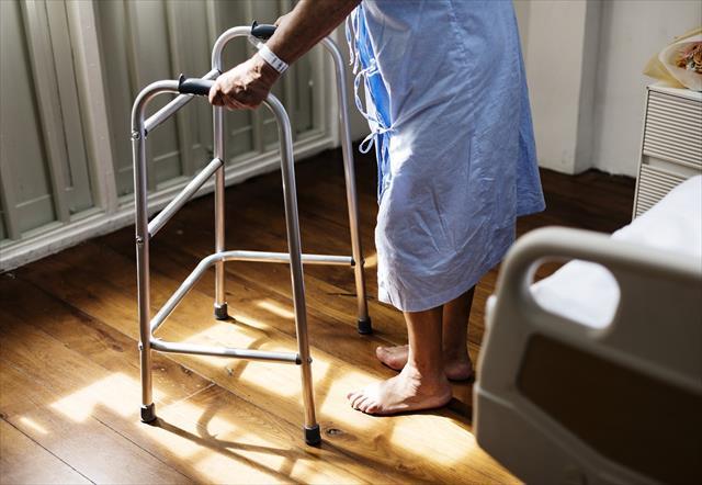 【認知症父の入院3】精神病院入院中の要介護認定申請