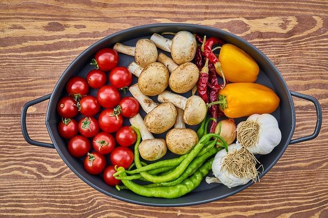 頭痛を誘発する食べ物 頭痛にならない食べ物