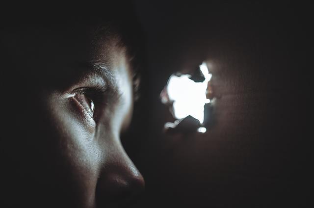 子供を虐待するダメ親が原因のうつ病
