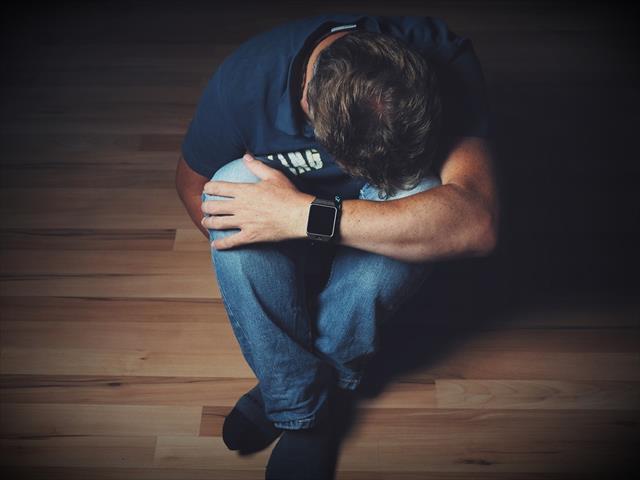鬱の症状 「失敗を反省し過ぎる」の原因と治し方