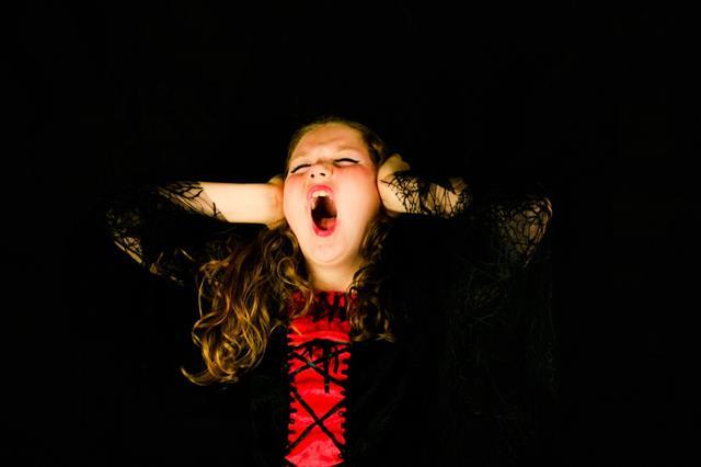 子供に自分の話ばかりする毒親。心理と対処法